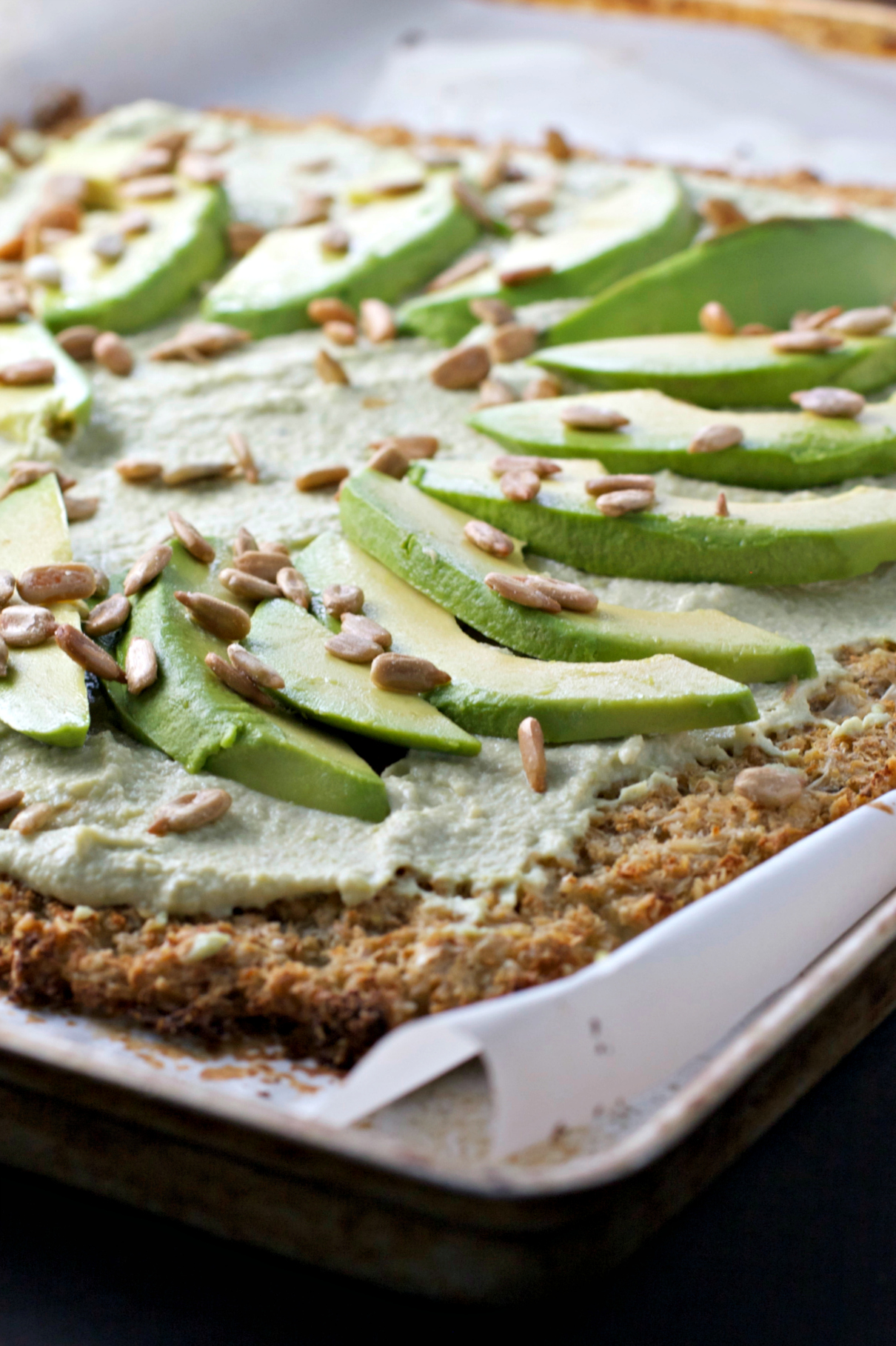 Rosemary Cauliflower Flatbread with Hummus and Avocados ~gluten free/vegan~