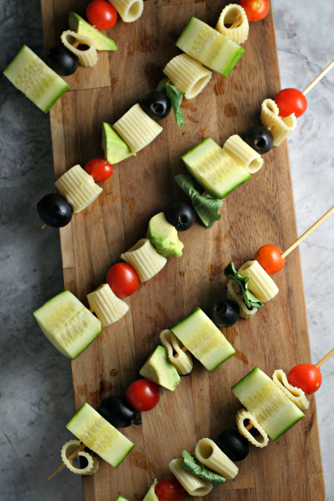 Pasta Salad On A Stick With Greek Dressing, putting a spin on your classic pasta salad and making it picnic perfect!