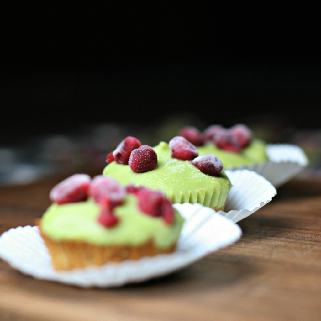 Mini Avocado Lime Tarts, a dessert you don't have to feel guilty for indulging on! Made with only 5 ingredients! ~vegan~